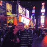 Anahí junto a su esposo en Estados Unidos