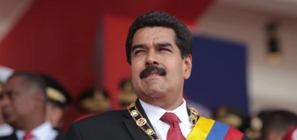Nicolas Maduro, Président du Venezuela depuis le décès de Hugo Chavez, élu par le peuple et qu'une pétition propose de congédier.