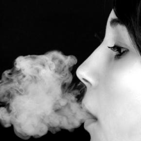 Wie reagieren die Herzzellen beim Rauch der E-Zigarette? / Symbolfoto
