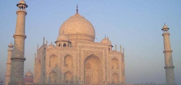 Inde-Taj Mahal à Agra - Mausolée en marbre blanc