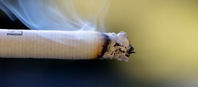 Aumenti sigarette, prezzi 2 maggio 2016: Camel, sale il costo