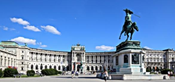 Zamek Cesarski we Wiedniu – jak długo jeszcze postoi?