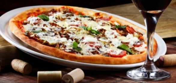 Pizza & Wine: a Joyful pairing