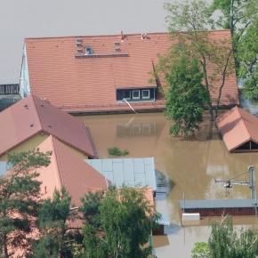 Schockierend: Überflutung der Elbe in Dresden am 6. Juni 2013