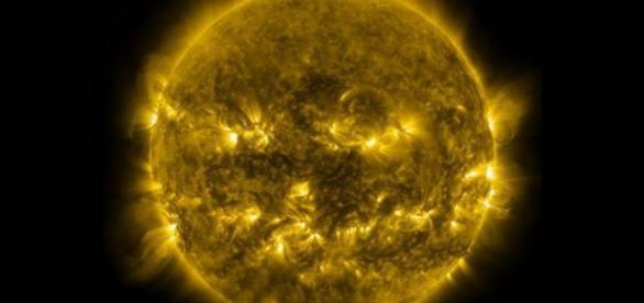 Gauri gigantice observate in Soare