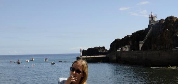 Je ne me gène pas pour cloper au port de Camara dos Lobos !