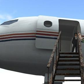 Flight attendants boarding through first class courtesy Flickr