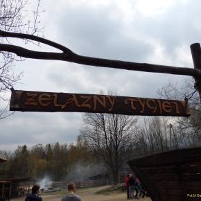 """Skansen """"Żelazny Tygiel"""". Obowiązkowy punkt wycieczki do Szklarskiej Poręby"""