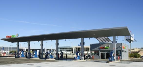 Stacja benzynowa, źródło: Pixabay