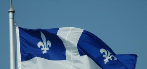 Fleur de lys - Drapeau national du Québec depuis 1948