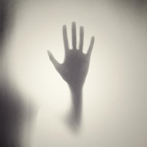 https://pixabay.com/en/hand-silhouette-shape-horror-984170/
