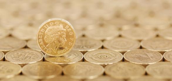 https://pixabay.com/en/business-cash-coin-concept-credit-18107/