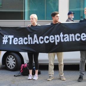 https://pixabay.com/en/gay-tolerance-rights-support-743010/