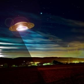 Where are the aliens? Have they already found us? - Photo: https://pixabay.com/