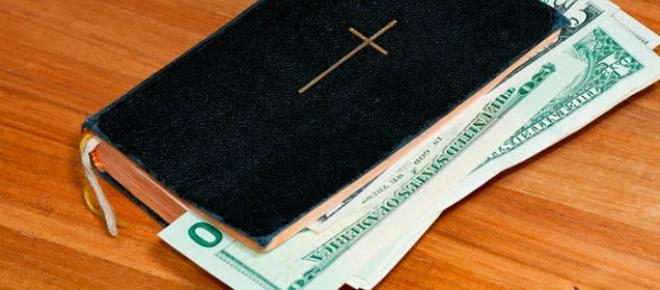 A pregação do dinheiro traz escândalo ao Evangelho da Cruz