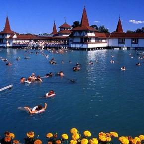 Hévíz - największe jezioro termalne na świecie