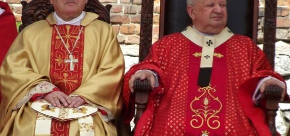 Czy kardynał Dziwisz został ukarany przez Boga za grzech manipulacji medialnej?