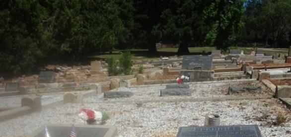 Ambassador Chris Stevens graveyard. Source, Louann Carroll