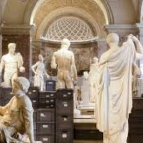 Safekeeping the Louvre's sculpture collection Creative Commons