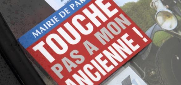 Slogan contre la décision de la Mairie de Paris...