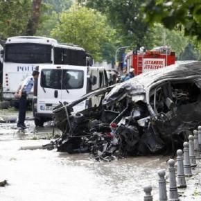 Atac cu bomba activata prin telecomanda, in centrul orasului Istanbul