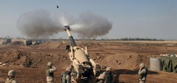 Asediul asupra orașului Fallujah a declanșat și o uriașă criză umanitară.