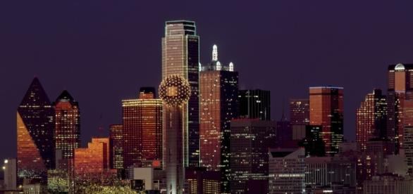 The city of Dallas' skyline/Photo via Pixabay