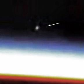OZN filmat de NASA langa Statia Spatiala