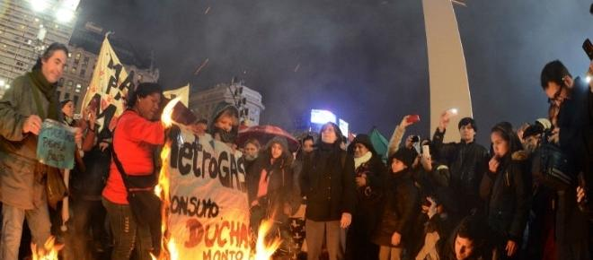 Exitosa manifestación en contra del tarifazo