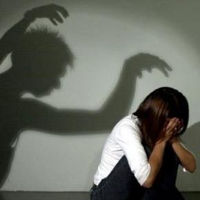 Immer mehr Frauen in Deutschland leben in Angst.