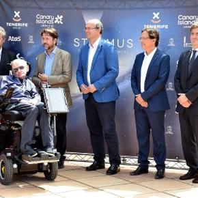 Press release: Stephen Hawking presents the third edition of ... - astronomy.com