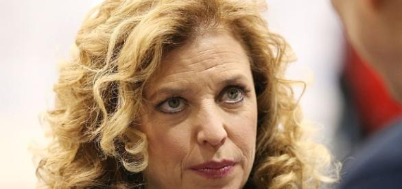 DNC Chair Debbie Wasserman Schultz will resign after the ... - businessinsider.com