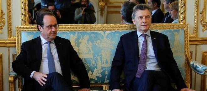 Mauricio Macri inició su gira europea y se reunió con Holland en el Palacio de Elíseo