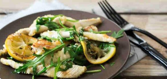 Ricetta degli straccetti di pollo con rucola e limone