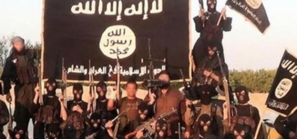 Syria Iraq: The Islamic State militant group - BBC News - bbc.com