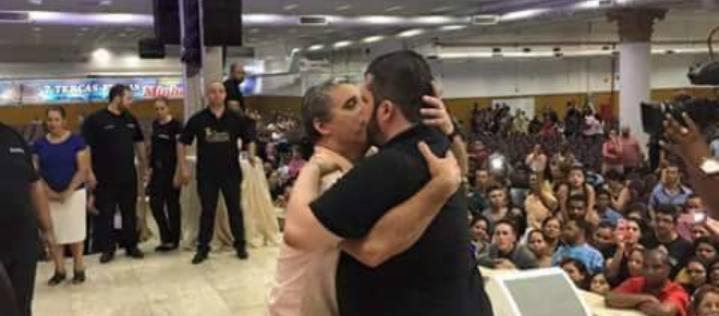 Ataque Escola Suzano Gallery: Agenor Duque E A 'unção Do Beijo'. Conheça A Verdade