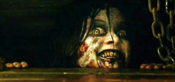 Evil Dead (2013) Movie Review - moviequotesandmore.com