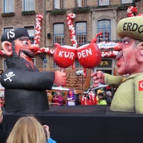 Un carnaval din Germania sugerează legăturile dintre liderul ISIS, Abu Bakr al-Baghdadi și Președintele turc Recep Erdoğan