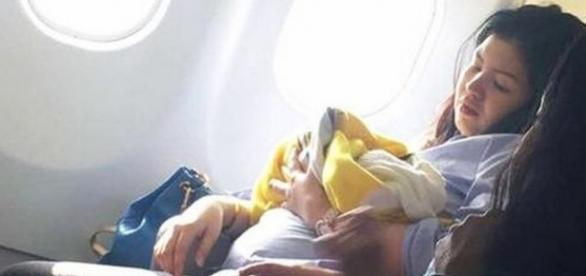 Micuța Haven, la scurt timp după ce a fost născută în avion. Foto: Missy Berberabe Umandal-Facebook