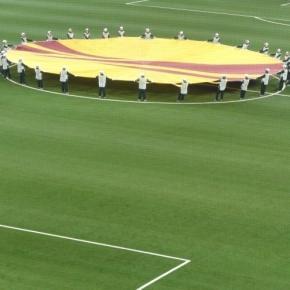 O sorteio do playoff da Europa League conta com a presença do