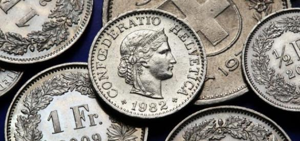 PiS zgadza się na łupienie frankowiczów przez bankierów