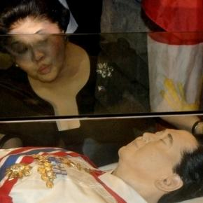 "Pinas Trending: Thousands ask Duterte: Don't allow hero""s burial ... - blogspot.com"
