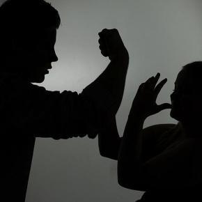 Gewalt auch gegen Frauen am Wochenende in Limburg.