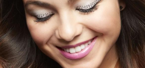7 Prom Makeup Ideas - Formal Makeup Looks for Prom - seventeen.com
