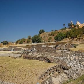 Marea Piramidă din Cholula (Mexic)- cel mai mare monument construit de omenire