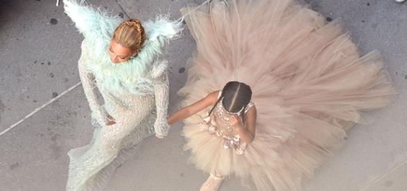 Beyonce and Blue Ivy Do Central Park in Gucci | Pret-a-Reporter - hollywoodreporter.com