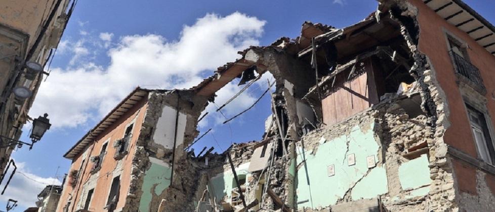 Post-terremoto al via, con l'auspicio che non sia la solita ricostruzione 'all'italiana'