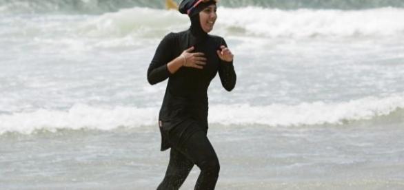 interdire le port du burkini sur les plages