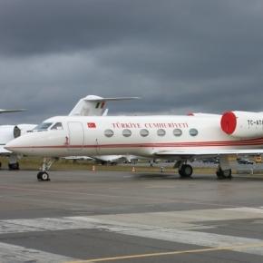 Avionul Președintelui Erdogan, Gulfstream IV TC-ATA , a fost pregătit pentru zbor în cel mai mare secret