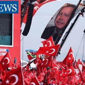 """Le rassemblement """"pour la démocratie et les martyrs"""" s'est transformé en plébiscite pour Erdogan"""